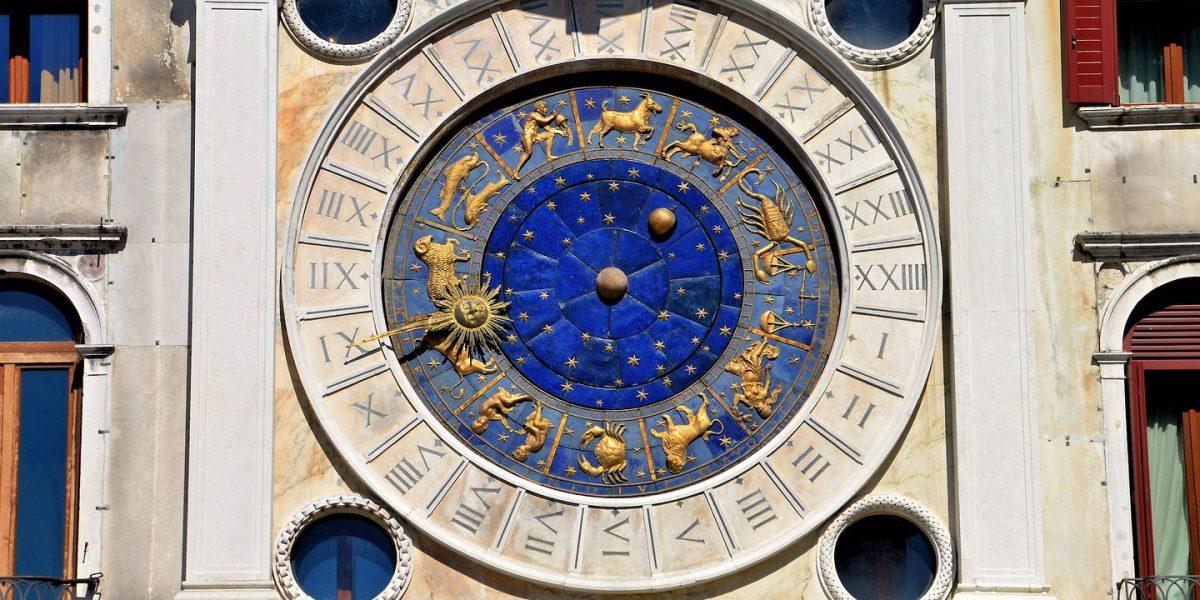 Venice Clock Calendar